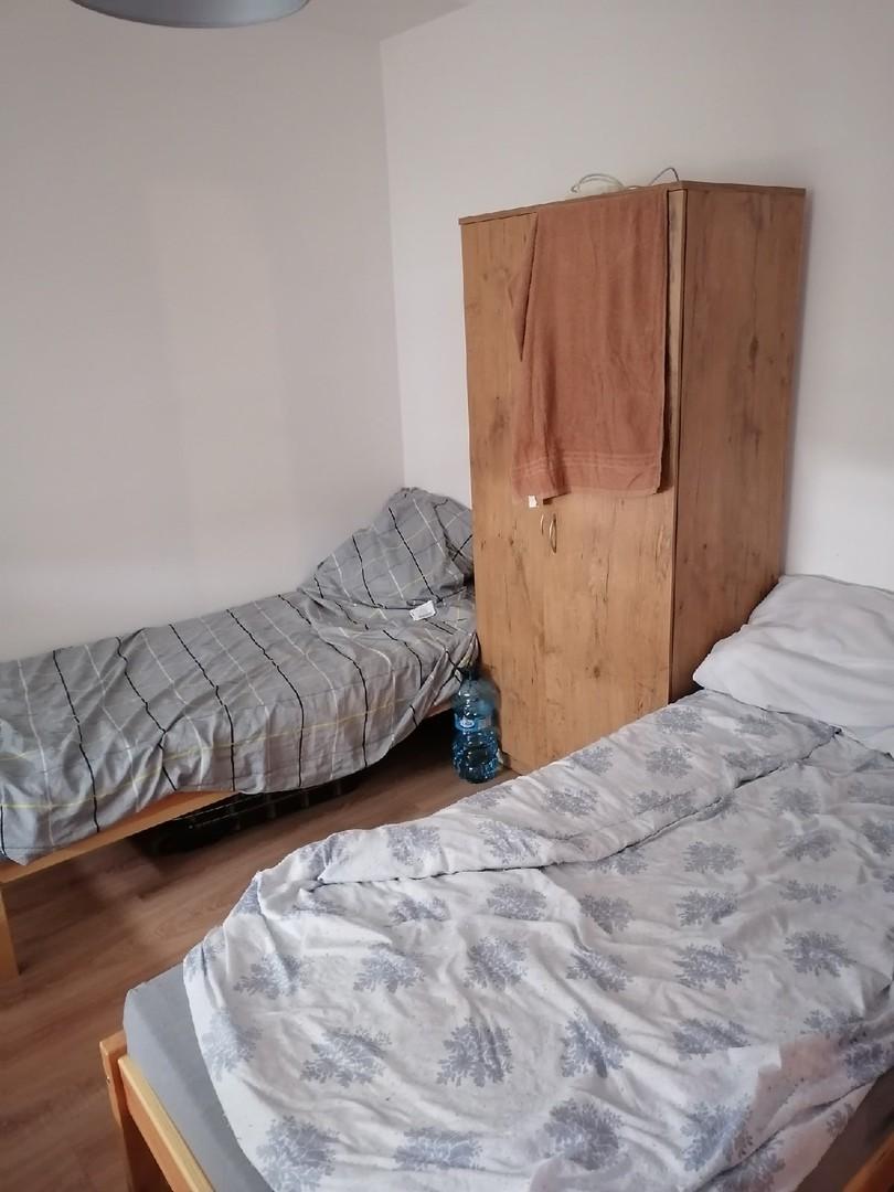 В каких условиях живет пинчанин, отправившийся на заработки в Польшу? (фото)