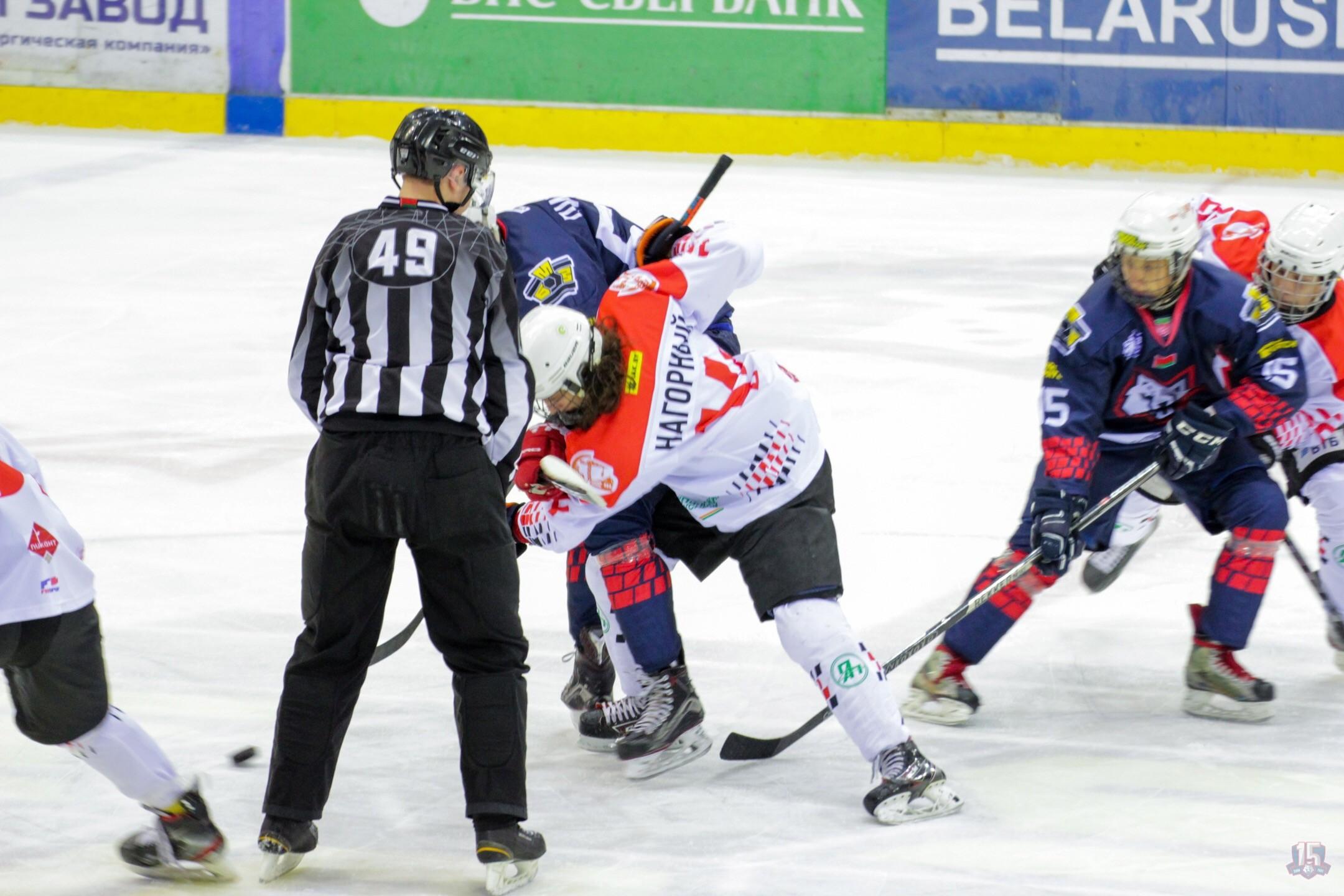 «Перестрелка» в Жлобине не в пользу пинских хоккеистов